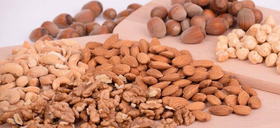 Białko w diecie wegańskiej i wegetariańskiej - sprawdzamy co jeść przy dietach roślinnych