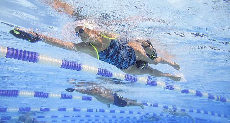 Style pływackie bez tajemnic. Jak pływać dobrze technicznie i czerpać z tego mnóstwo frajdy?