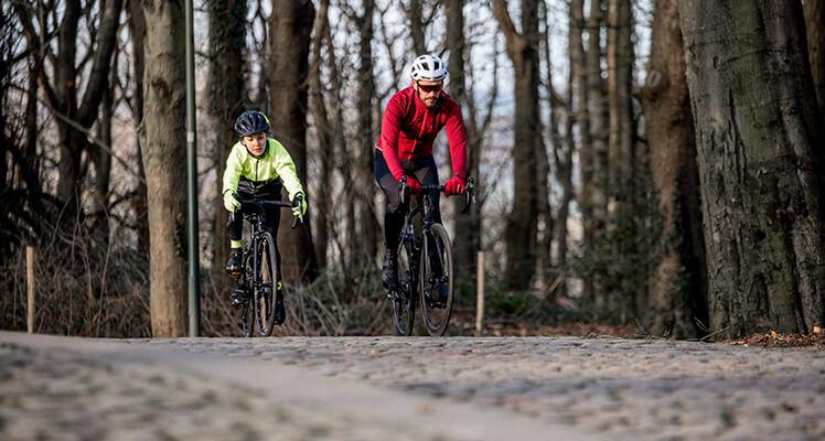 Zaplanuj niezapomniany rajd rowerowy. Sprawdź najlepsze trasy