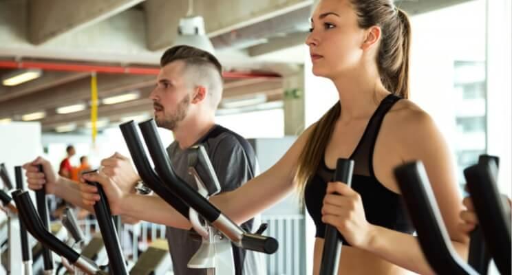 Szukasz motywacji? Myślisz o treningach? Podpowiadamy, jak zacząć regularnie ćwiczyć!